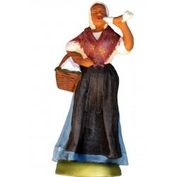 Femme aux brousses